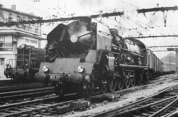 Lyon Grenoble En 1953 La 241 P